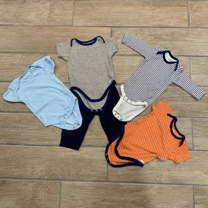 Other - Baby boys set of 4 onesies and pants